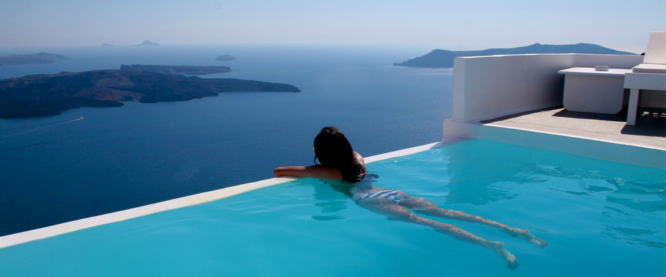 Santorini – Heaven on Earth